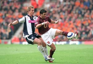 previous season matches/matches 2005 06 arsenal v west bromwich albion 2005 6/jose reyes arsenal martin albrechtsen