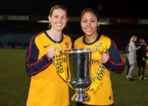 kelly smith and alex scott arsenal with