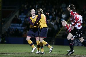 kelly smith celebrates scoring arsenal