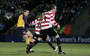 kelly smith scores her and arsenals 2nd goal