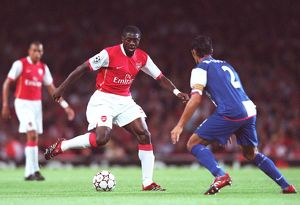 previous season matches/matches 2006 07 arsenal v fc porto/kolo toure arsenal ricardo costa porto