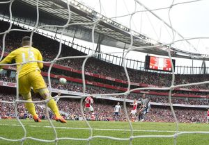 season 2014 15/arsenal v west bromwich albion 2014 15/london england 24 jack wilshere shoots past