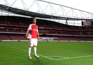 Mathieu Flamini (Arsenal). Arsenal 1st Team Photcall and Training Session. Emirates