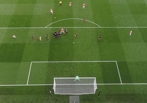 season 2015 16/arsenal v manchester united 2015 16/mesut ozil arsenal free kick arsenal 3