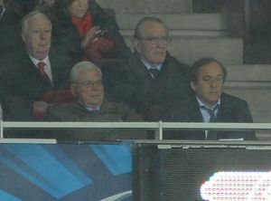season 2014 15/arsenal v anderlecht 2014 15/michele platini uefa arsenal chairman sir chips keswick