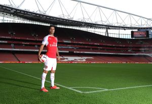 Mikel Arteta (Arsenal). Arsenal 1st Team Photcall and Training Session. Emirates Stadium