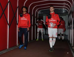 season 2015 16/arsenal v burnley fa cup 4th rd 2016/mohamed elneny calum chambers arsenal warm up
