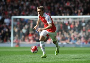 season 2015 16/arsenal v crystal palace 2015 16/nacho monreal arsenal arsenal 11 crystal