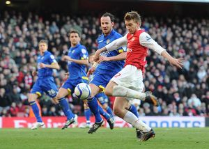 previous season matches/matches 2010 11 arsenal v leeds united fa cup 2010 11/nicklas bendtner arsenal andy obrien leeds