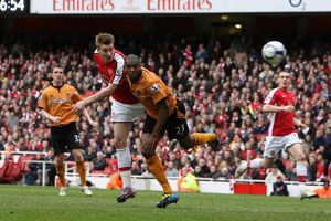 previous season matches/matches 2009 10 arsenal v wolverhampton wanderers 2009 10/nicklas bendtner scores arsenals goal pressure
