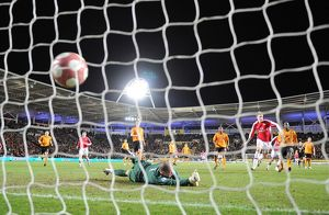 previous season matches/matches 2009 10 hull city v arsenal 2009 2010/nicklas bendtner shoots past hull goalkeeper boaz