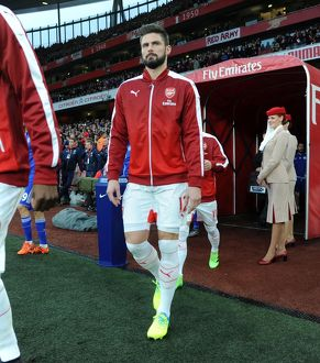 season 2015 16/arsenal v chelsea 2015 16/olivier giroud arsenal walks tunnel match