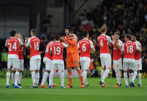 petr cech arsenal with his team mates before