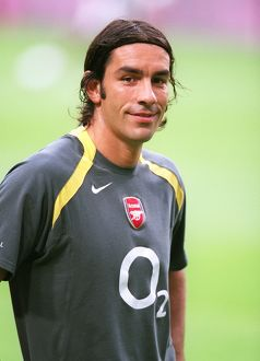 legends/ex players robert pires/robert pires arsenal arsenal 21 porto