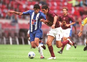 legends/ex players robert pires/robert pires arsenal lucho gonzalez porto