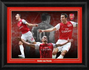 special editions/robin van persie framed montage