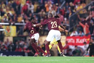 Sol Campbell and and Kolo Toure (Arsenal) celebrate at the final whistle