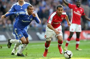 team/players coaches walcott theo/theo walcott arsenal ashley cole chelsea