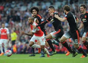season 2015 16/arsenal v manchester united 2015 16/theo walcott arsenal marouane fellaini