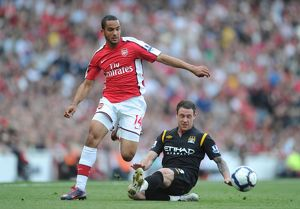 previous season matches/matches 2009 10 arsenal v manchester city 2009 10/theo walcott arsenal wayne bridge man city