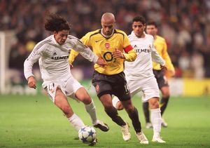 Thierry Henry (Arsenal) Alvaro Mejia (Real). Real Madrid 0:1 Arsenal