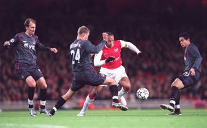 Thierry Henry (Arsenal) Elvir Rahimic, Vasili Berezutskiy and Dudu (CSKA)