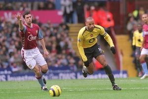 Thierry Henry (Arsenal) Mark Delaney (Aston Villa). Aston Villa 0:0 Arsenal