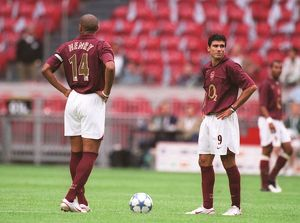 Thierry Henry and Jose Reyes (Arsenal). Arsenal 2:1 Porto