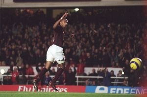 Thierry Henrycelebrates scoring Arsenal's 3rd goal his 2nd