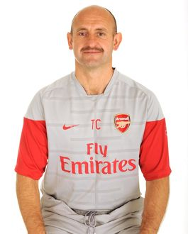 previous season players/1st team player images 2009 10/tony colbert arsenal fitness coach