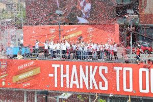 previous season matches/season 2013 14 arsenal trophy parade 2014/trophy parade islington 18 5 14 credit arsenal