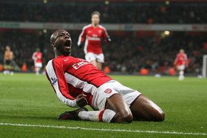 team/players coaches gallas william/william gallas celebrates scoring 2nd arsenal